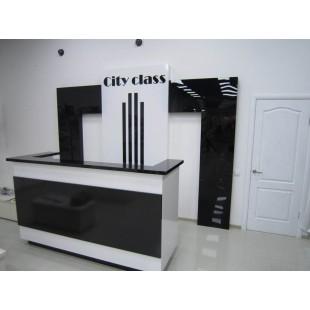 Стойка администратора City class черно-белая глянцевая