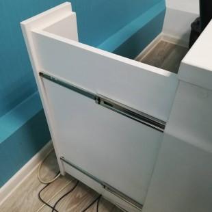 "Комплект мебели ""Хуран"" для салона маникюра"