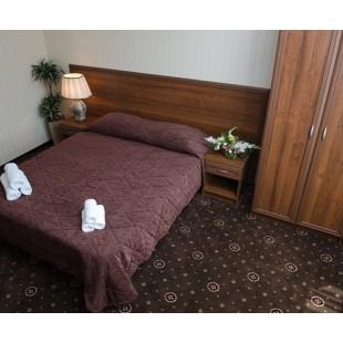 """Комплект мебели """"Орех"""" для гостиницы"""